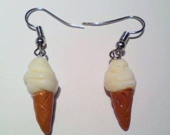 Ice cream earhangers