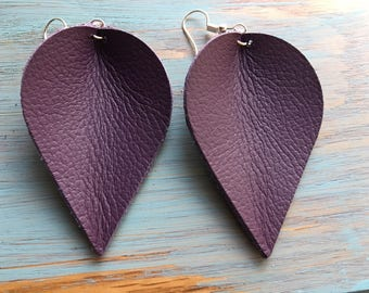 violet color of the year drop leather earrings