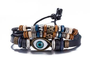 Leather bracelet * Eye & Wood Beads