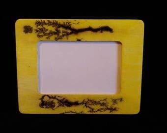 Fractal burnt frame