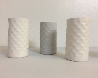 Wibbly wobbly geometric hand cast jesmonite conctete style mini vases / pots / makeup brush holders