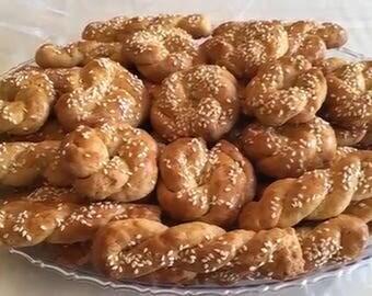 Mamaploumitsa.com 120 koulourakia fresh Greek cookies @ Ploumitsas Pastries 7+ lbs