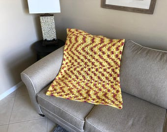 Yellow and Fuscia Shell Pattern Afghan