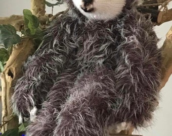 Slowly the sloth
