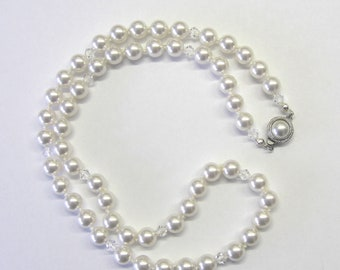 Beautiful Swarovski Pearl and Crystal Necklace