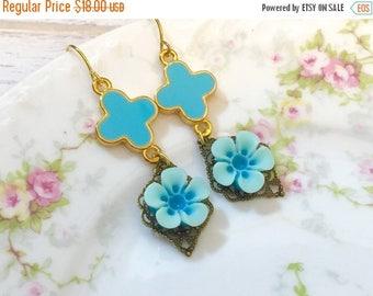 SALE Turquoise Flower Earrings, Fleur-de-Lis Earrings, Turquoise Daisy Earrings, Estate Style Jewelry, Floral Earring, Handmade By KreatedBy