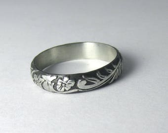 Flower Ring Engraved floral pattern Stackable Sterling Silver Ring sz 10 Oxidized Black
