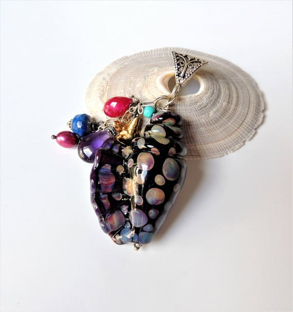 Seashell Pendant Necklace with Silver Chain
