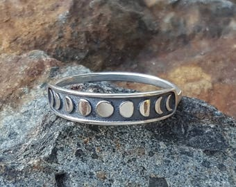 Moon Phases Ring - Sterling Silver - Size 6 - Size 7 - Size 8 US