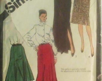 30% OFF SALE 1980s Vintage Sewing Pattern Simplicity 9772 Misses Skirt Pattern Sizes 6 & 8 Uncut