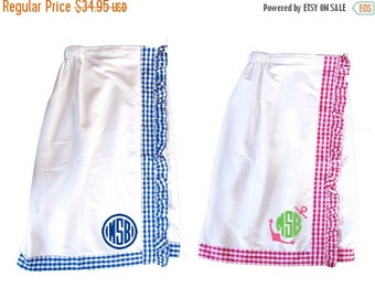 ON SALE Monogrammed Gingham Bath Wraps - On the Go - Gift for Her - Pink Gingham - Blue Gingham - Bridesmaid Gift - Girl's Weekend Gift