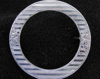 Vintage Sterling Silver Brooch Circle Pin  A.L. Lindroth Co. C Clasp