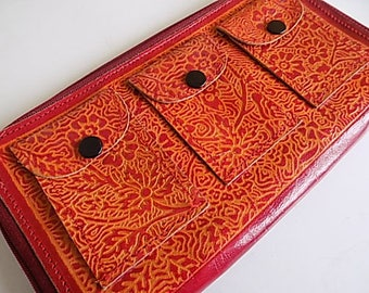 Vintage Zippered Leather Wallet