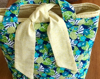 Pineapple Lilly Blossom Bag