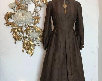 1960s dress brown dress mod dress long sleeve dress size small vintage dress 25 waist high neck dress