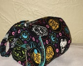 Yarn Owl Yarn Holder, medium size, also works great as a small project bag