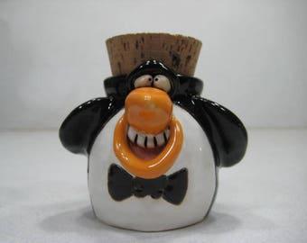 Happy  Penguin  jar ........                             a23
