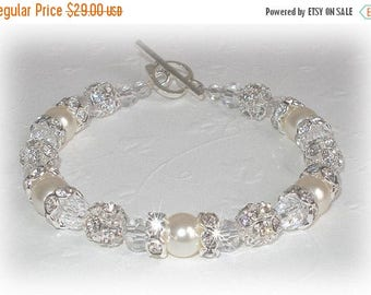 15% OFF Bliss Pearl Brilliance Bracelet