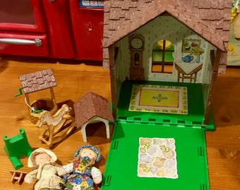 Holly Hobbie House