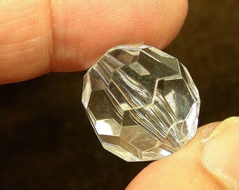 Vintage LUCITE Faceted Clear Focal Bead 25mm pkg 1 res192