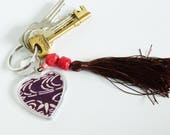 Keyring, heart design, vintage Japanese kimono fabric in a plastic heart-shaped frame, with decorative beaded brown tassel