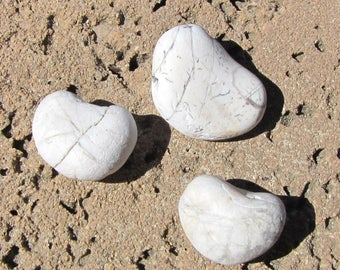 Natural Heart Stone, Heart Stone, Heart Beach Stone,  Gift Idea, Heart Shaped Rock, Beach Rock, Beach Decor, California Beach Rock, Love