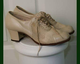 Vintage Julius Grossman Woman's 1930's Leather Mesh Lace Up Oxford Shoes