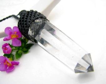 Beautiful Quartz Pendant Necklace, Crystal Necklace,  Quartz Wand necklace, Healing crystals and stone, Healing crystal necklace, Gift Guide