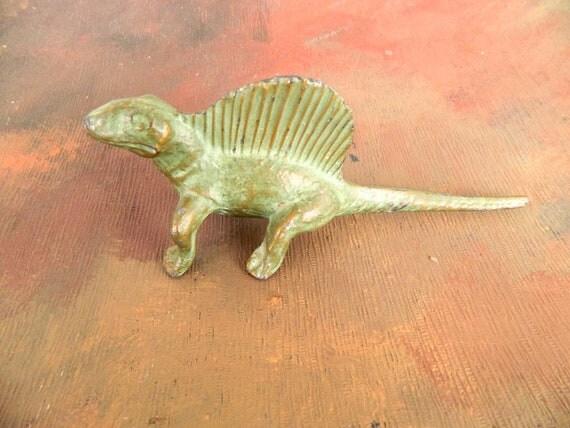 Vintage 1947 SRG Co Cast Bronze Prehistoric Dinosaur Dimetrodon Figurine SRGC