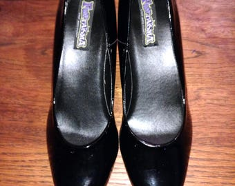Black Sexy Pumps  Patent Leather Size 11 Wide VGC