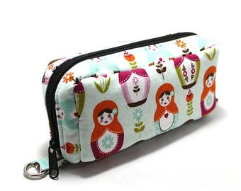 Summer Clearance Essential Oil Case Holds 10 Bottles Essential Oil Bag Matryoshka On Pale Blue