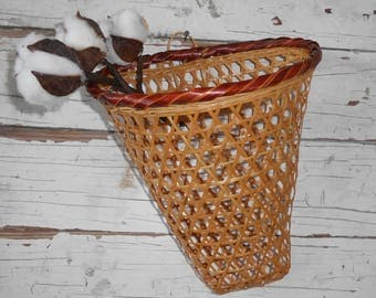 Vintage Woven Bamboo Basket, Vintage Wall Basket, Rattan Wall Basket, Boho Basket, Boho Home Decor