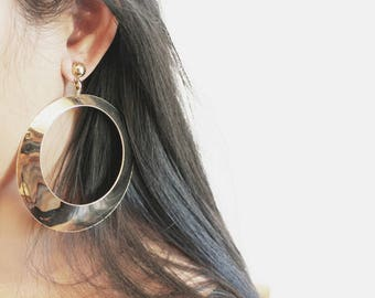 Vintage Oversized Gold Tone Hoop Stud Earrings
