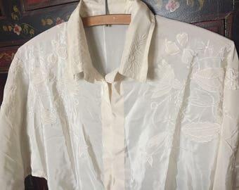 Cream Vintage Blouse, Embroidered Blouse Vintage Ivory Blouse Dolman Sleeve Off White Blouse 1950s Vintage 50s Blouse Hidden Buttons L