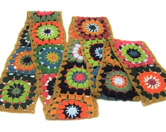 Granny Square Scarf - Crochet - Boho - Wool - Neck Wrap - Neckwarmer - Wagon Wheel Design