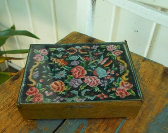 Early Remarkable Chinese Old Brass Needlepoint Lid Cigarette Box /Single Ash Tray Chinese Tobacciana