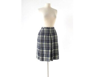 20% off sale Vintage 1960s Skirt | Evan Picone | Plaid Pleated Skirt | Skirt With Pockets | 27W Small