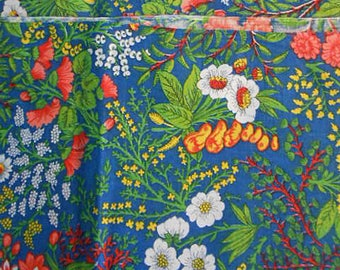 "Vibrant CONCORD FLOWER FABRIC Red Carnations White Daisies Yellow Berries Green Leaves Unused Cotton, Clothing Quilt Pillowcases 45 x 54"" yd"