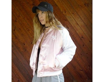 20% off SUMMER SALE. . . Pink Satin Yankees Quilted Bomber Jacket - Vintage 90s - SMALL