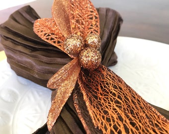 Napkin Ring with Narrow Copper Autumn Leaves and Copper Lacy Leaf - Fall - Thanksgiving -Autumn