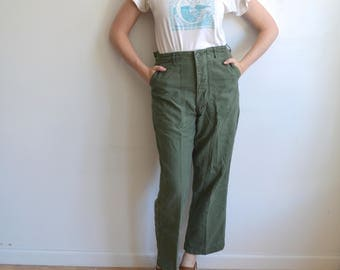 Vintage Type 1 Army Utility Trousers/ US Military Pants/ Vietnam/ Button Fly/ OG 107 Sateen/ Size 32 33