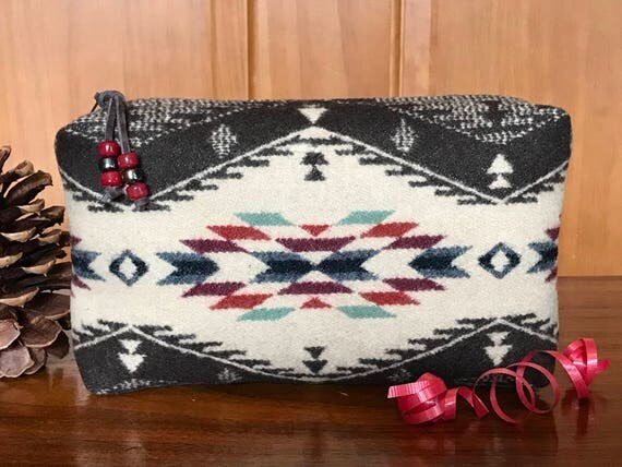 Cosmetic Bag / Makeup Bag / Zippered Pouch Large Wool Spirit of the People
