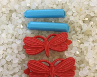 vintage  barrette plastic childs barrettes, two matching pairs,red butterfly , blue bars , dog barrettes