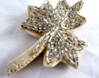Vintage Hand Beaded 1920s Canadian Maple Leaf Appliqué / Finding / Trim / Bauble / Embellishment / Craftwork / Bridal / Wedding