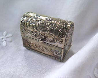 Antique Repousse Dutch Silver Trinket/Pill/Snuff Box Treasure Chest with Cherubs Mid 1800's