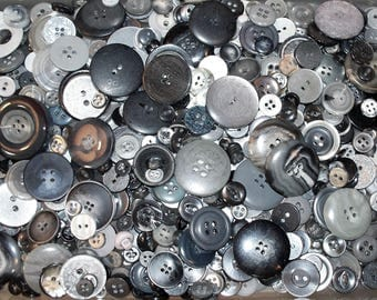 Gray Buttons, Mixed Buttons, Bulk Buttons, 500 Buttons, Craft Buttons, Sewing Buttons, Lot GRY-1 (Free US Shipping)