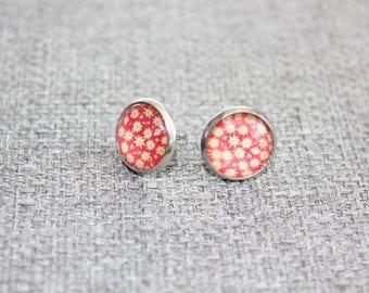boucles d'oreille sur tige, clou d'oreille, petite boucle d'oreille, acier inoxydable, cabochon, fait au Québec, fleur, floral, rouge, noel