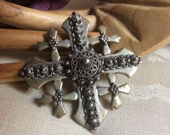 Vintage ornate sterling silver Jerusalem cross pin/brooch, 950 sterling dimensional filigree cross pin/pendant, large sterling silver cross