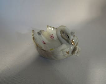 Vintage Ceramic Swan Ashtray New Stock nos