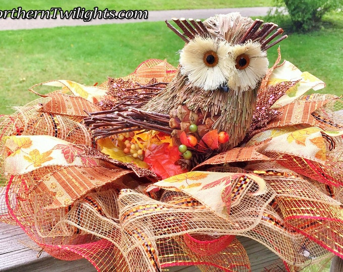 SALE- Fall Leaves Owl - Fall Halloween Thanksgiving Centerpiece